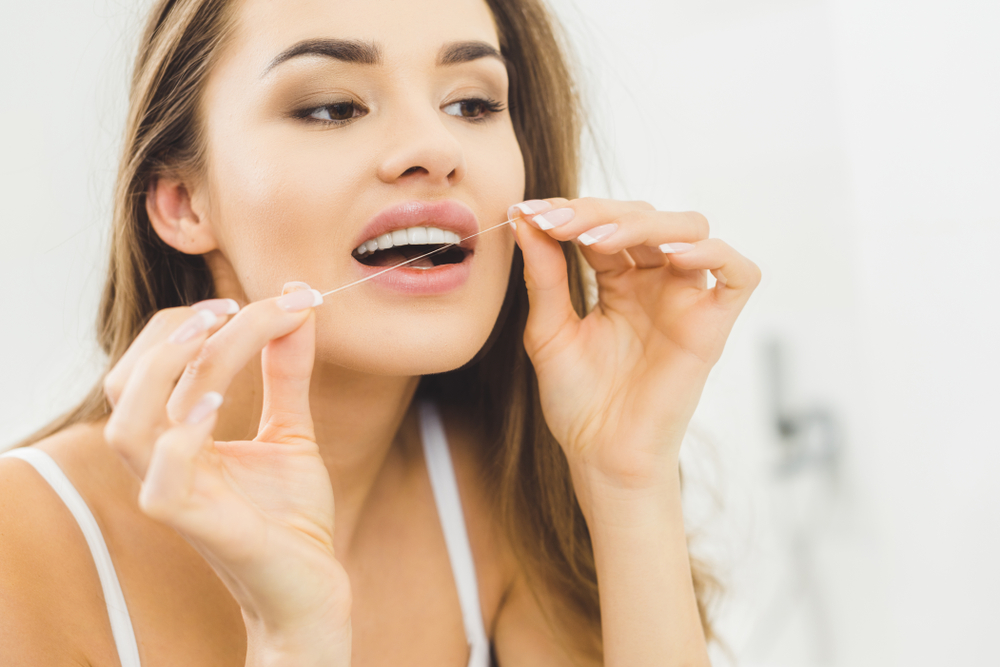 Key Reasons for Using Dental Floss to Aid Dental Health